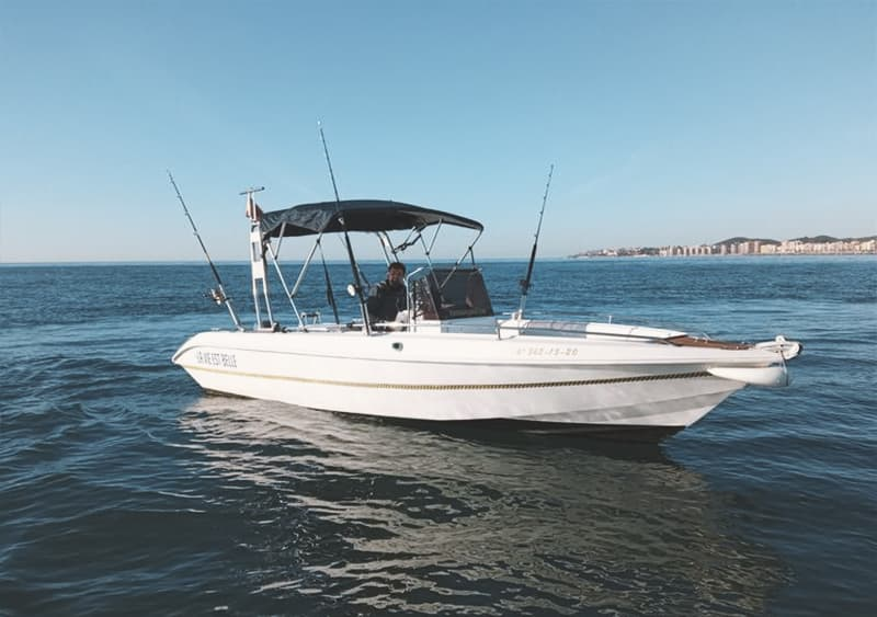 alquilar lancha para pescar 6 personas en Fuengirola