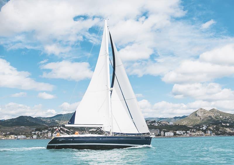 Alquilar velero Beneteau Málaga 12 personas